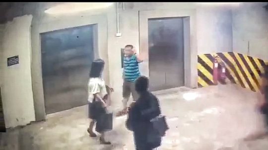 Điều tra vụ người đàn ông bị tố sàm sỡ, hành hung cô gái trong tầng hầm toà nhà Mipec Long Biên - Ảnh 2.