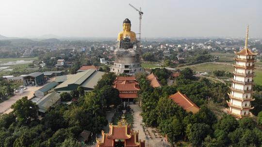 Cận cảnh tượng phật A Di Đà lớn nhất Đông Nam Á đang hoàn thiện ở Hà Nội - Ảnh 4.