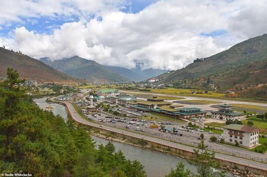 """2020: Nhất định phải đến """"quốc gia hạnh phúc nhất thế giới"""" Bhutan - Ảnh 1."""