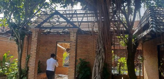 Sau cưỡng chế tổ hợp Gia Trang quán - Tràm Chim resort bị trộm - Ảnh 1.
