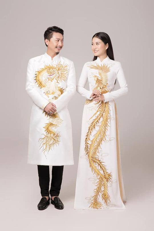 Nghệ sĩ Việt đua nhau khoe sắc trong loạt ảnh Tết - Ảnh 1.