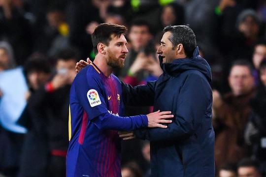 Messi chỉ trích sếp lớn, Barca lo sụp đổ dây chuyền - Ảnh 1.