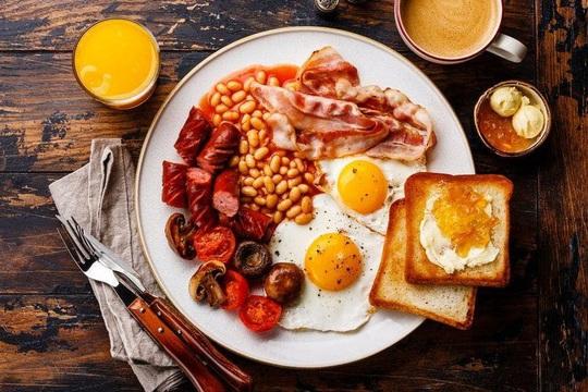 Mỗi tuần 1-2 lần ăn sáng kiểu này, đủ mập lên khó hiểu - Ảnh 1.
