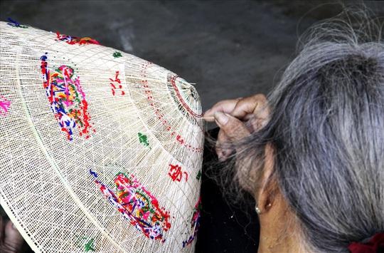 Độc đáo nón ngựa Phú Gia đất võ Bình Định - Ảnh 5.