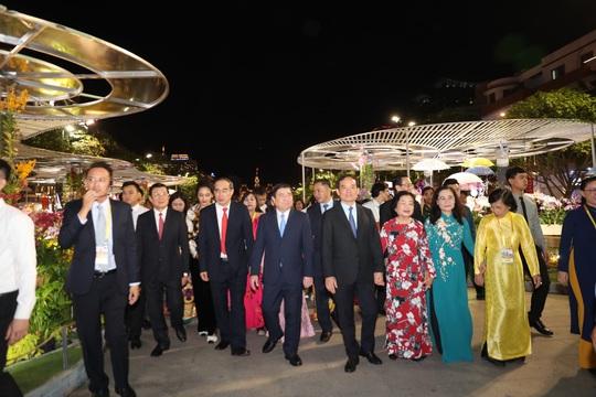 Đường hoa Nguyễn Huệ Canh Tý 2020 chính thức mở cửa - Ảnh 3.