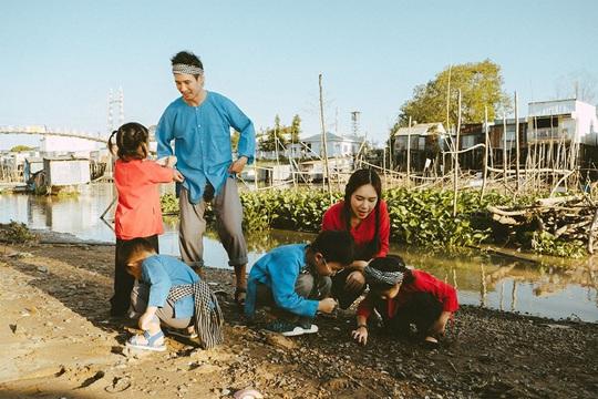 Nghệ sĩ Việt đón Tết đầm ấm bên gia đình - Ảnh 5.