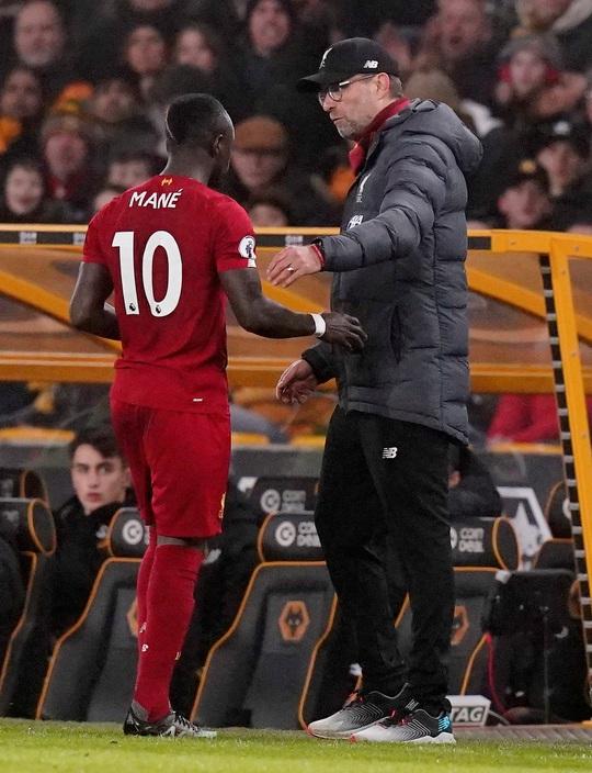Thần tài Firmino tỏa sáng, Liverpool thắng nghẹt thở chủ nhà Wolverhampton - Ảnh 7.