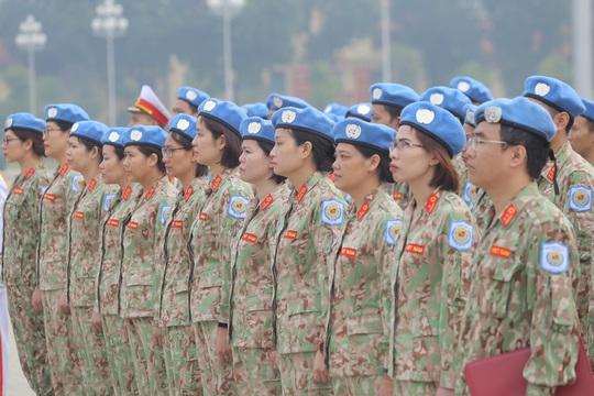Xúc động những tà áo dài gìn giữ hòa bình ở Châu Phi - Ảnh 1.
