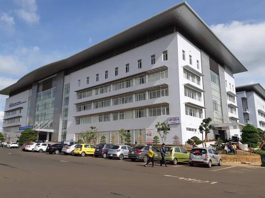 Thực hư việc Bệnh viện Đa khoa vùng Tây Nguyên điều trị bệnh nhân nhiễm corona - Ảnh 1.