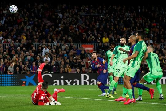 Barcelona đại thắng Leganes, Messi cứu ghế HLV Quique Setien - Ảnh 4.
