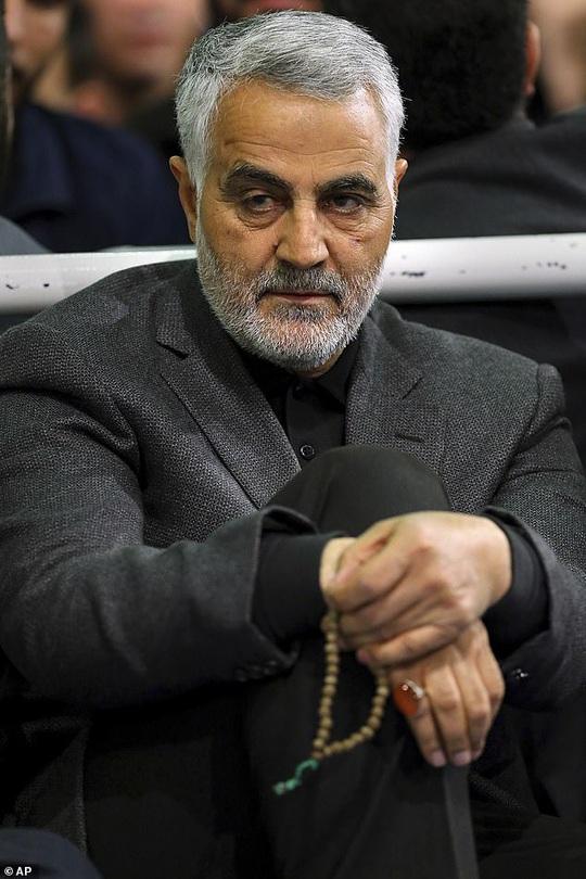 Tổng thống Trump ra lệnh không kích giết tướng Soleimani như thế nào? - Ảnh 2.