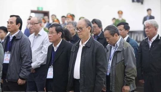 Hai nguyên chủ tịch Đà Nẵng Trần Văn Minh, Văn Hữu Chiến và Vũ nhôm lĩnh tổng cộng 54 năm tù - Ảnh 1.