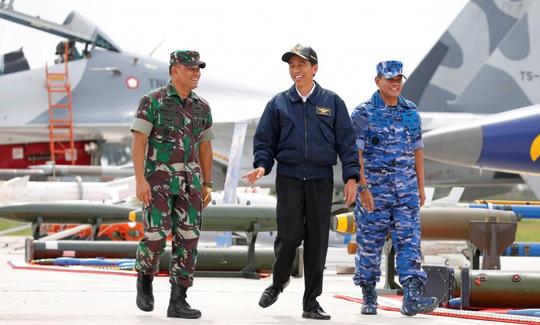 Indonesia huy động ngư dân đối phó tàu Trung Quốc ở biển Đông - Ảnh 1.