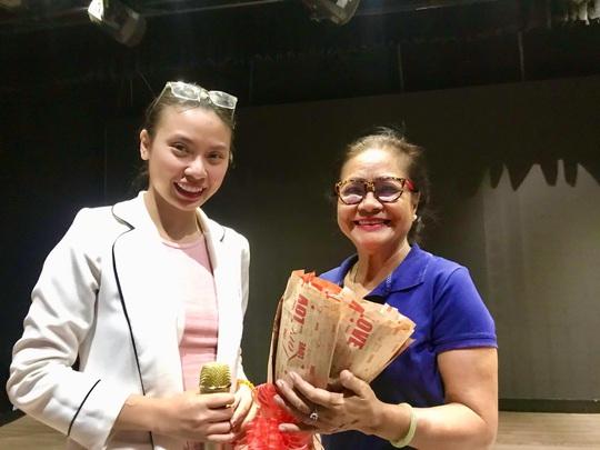 Nguyễn Thị Lộ Tú Trinh trải lòng với diễn viên trẻ - Ảnh 4.