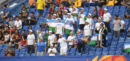 Đương kim vô địch Uzbekistan bị cầm hòa ngày ra quân VCK U23 châu Á 2020 - Ảnh 1.