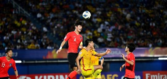 VCK U23 châu Á 2020: Hàn Quốc thắng vất vả ngày ra quân - Ảnh 1.