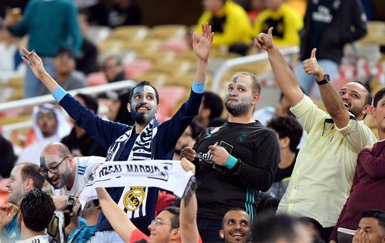 Real Madrid đánh úp Valencia, giành vé vào chung kết Siêu cúp - Ảnh 2.