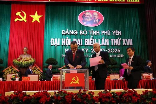 Lãnh đạo Tỉnh ủy Phú Yên có nhiều gương mặt mới - Ảnh 1.