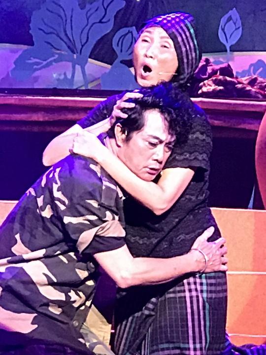 Khánh Tuấn, Lệ Hằng đào - kép độc đụng độ tại chung kết cuộc thi Trần Hữu Trang - Ảnh 1.