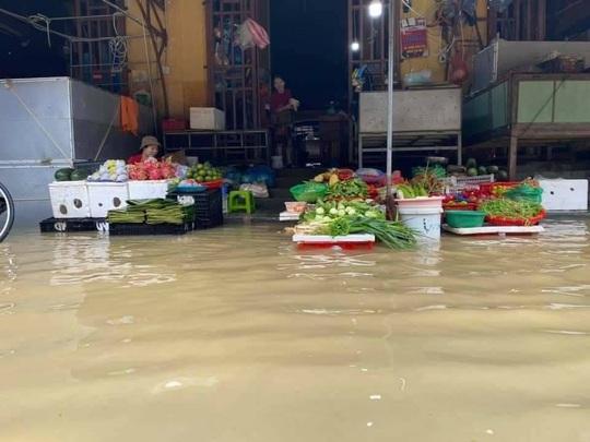 Lũ trên các sông ở Quảng Nam đạt đỉnh trong hôm nay - Ảnh 3.