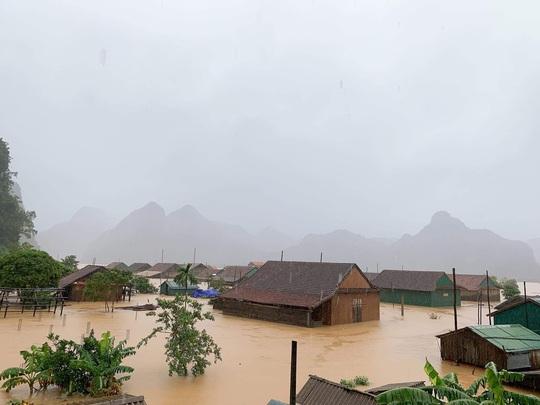 Lũ chồng lũ, 11.000 nhà dân ở Quảng Bình lại ngập chìm trong nước - Ảnh 6.
