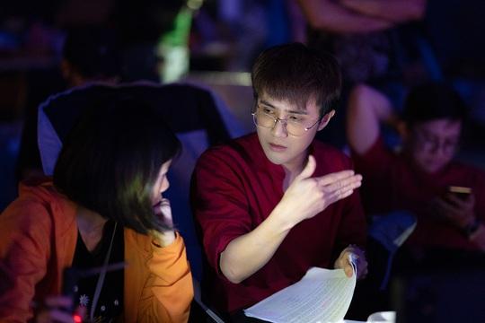 """""""Một nén nhang"""" của Huỳnh Lập chính thức gắn mác 18+, không dành cho trẻ em - Ảnh 2."""