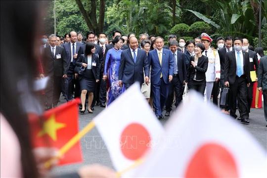 Thủ tướng Nguyễn Xuân Phúc chủ trì lễ đón Thủ tướng Nhật Bản - Ảnh 7.