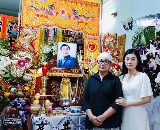 Hàng trăm người tiếc thương tiễn biệt NSƯT Nam Hùng - Ảnh 7.