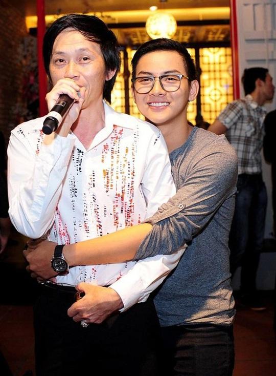 Hoài Lâm bất ngờ trở lại showbiz, bỏ luôn nghệ danh cha nuôi Hoài Linh đã đặt - Ảnh 5.