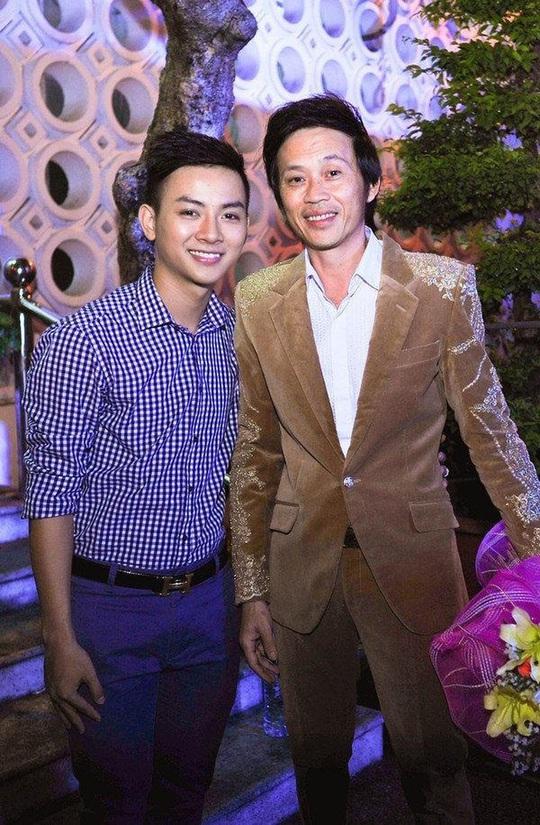 Hoài Lâm bất ngờ trở lại showbiz, bỏ luôn nghệ danh cha nuôi Hoài Linh đã đặt - Ảnh 1.
