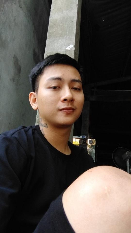 Hoài Lâm bất ngờ trở lại showbiz, bỏ luôn nghệ danh cha nuôi Hoài Linh đã đặt - Ảnh 2.