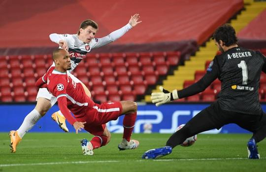 Man City thắng áp đảo, Liverpool chật vật hạ tí hon Midtiylland - Ảnh 6.