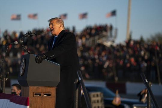 Bầu cử Mỹ: Ông Biden nhận tin vui ở các bang chiến địa - Ảnh 2.