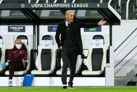 Ngược dòng nghẹt thở trên đất Đức, Real Madrid vẫn xếp chót bảng Champions League - Ảnh 6.