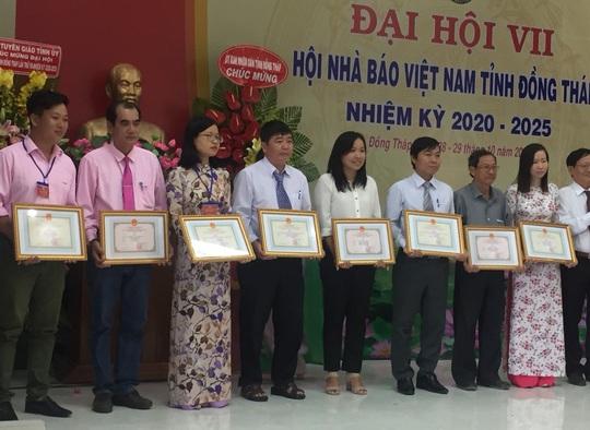 Báo Người Lao Động đoạt 2 giải B Giải Báo chí tỉnh Đồng Tháp - Ảnh 1.