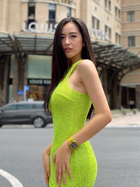 Mai Phương Thúy không làm gì cũng gợi cảm, Lam Trường đứng hình với tên trộm - Ảnh 5.