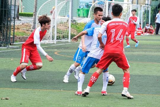 Điểm danh 8 HLV dự SV-League 2020: Danh thủ Cảng Sài Gòn đấu trọng tài FIFA - Ảnh 4.