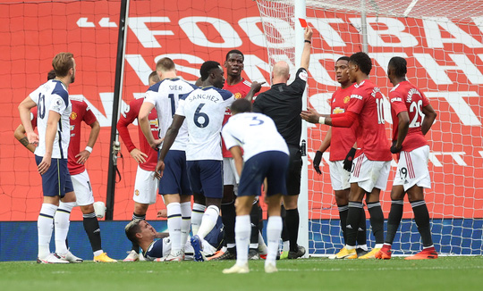 90 phút kinh hoàng, Tottenham bắn phá thánh địa Old Trafford - Ảnh 5.