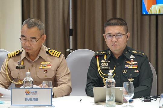 Thượng tướng Nguyễn Chí Vịnh chủ trì hội nghị Quan chức quốc phòng cấp cao ASEAN - Ảnh 3.