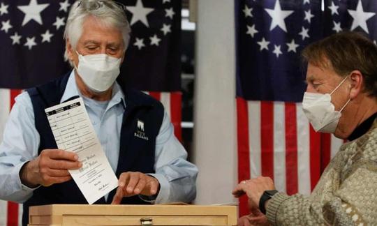 Bầu cử Mỹ: Những diễn biến đầu tiên - Ảnh 1.