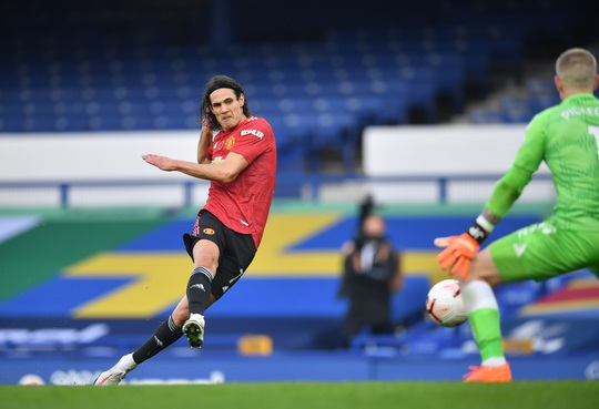 Man United đè bẹp Everton 3-1, cứu ghế HLV Solskjaer - Ảnh 9.