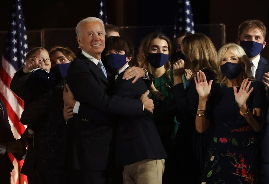 Nhiều thách thức chờ ông Joe Biden - Ảnh 1.