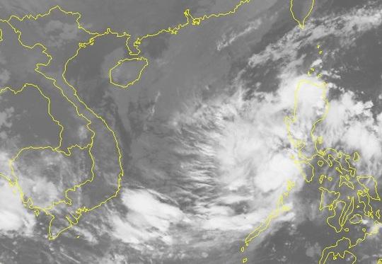Áp thấp nhiệt đới mạnh lên thành bão giật cấp 11 hướng vào Nam Trung bộ - Ảnh 2.