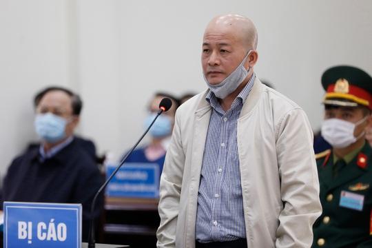 Nguyên thứ trưởng Nguyễn Văn Hiến xin hưởng án treo, Út trọc kêu oan - Ảnh 2.