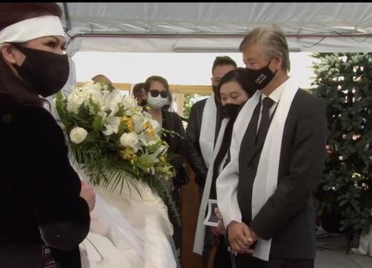 Xúc động tang lễ nghệ sĩ Chí Tài tại Mỹ - Ảnh 2.