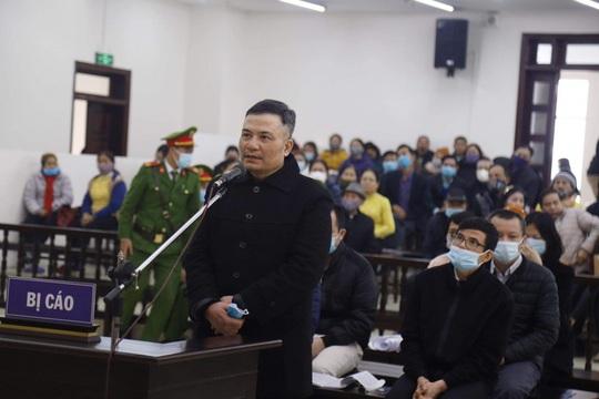 Trùm đa cấp Liên Kết Việt bị đề nghị tuyên án chung thân, bồi thường 800 tỉ đồng - Ảnh 1.