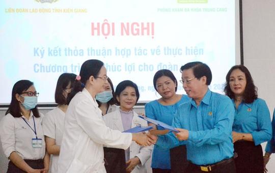Kiên Giang: Giảm giá dịch vụ khám sức khỏe cho đoàn viên - lao động - Ảnh 1.