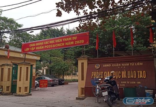 3.000 học sinh Hà Nội đột ngột dừng thi vì nghi lộ đề - Ảnh 1.