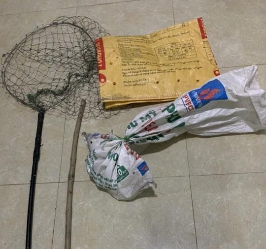 """Quảng Bình: Bắt 2 """"cẩu tặc"""" chuyên trộm chó, mèo của người dân Ba Đồn - Ảnh 2."""