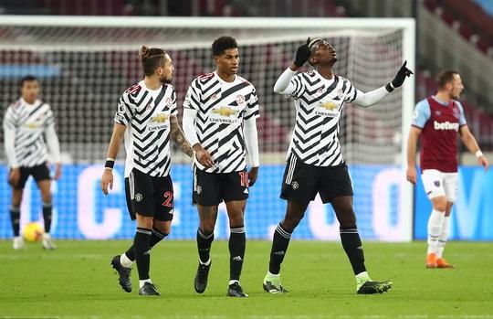 Ngược dòng ngoạn mục, Man United thắng tranh cãi chủ nhà West Ham - Ảnh 5.